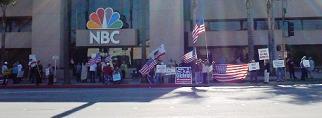 11/26 Burbank, CA: Minutemen Protest Show Outside NBC Studios